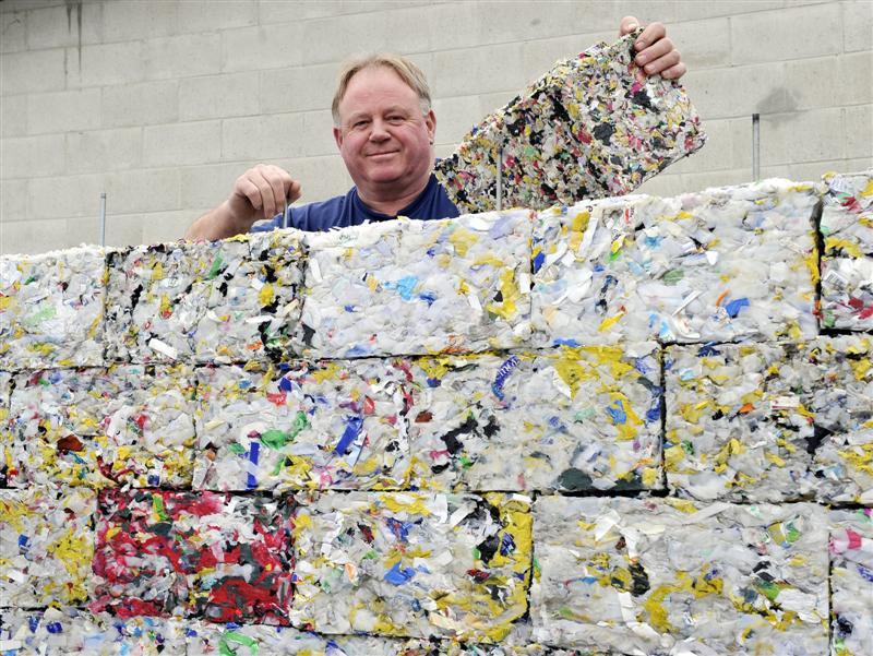 http://www.vertissimmo.com/blog/economiques-et-durables-decouvrez-les-parpaings-briques-en-plastique-recycle-1156