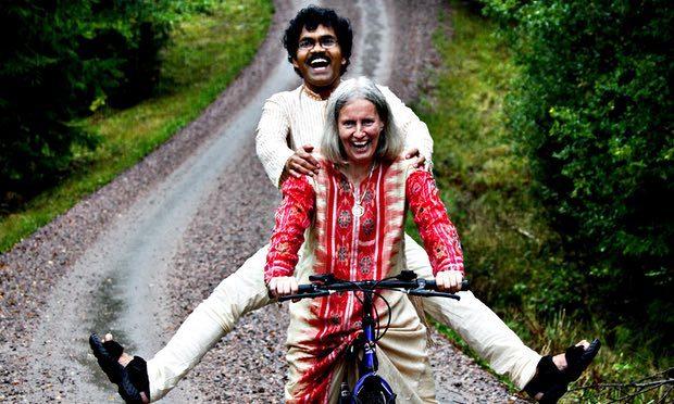 Courage : Il a rejoint l'amour de sa vie à vélo de l'Inde à la Suède (plus de 11000 kms)